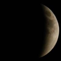 moon_4.jpg