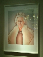 Queen_portrait_Hyatt.jpg