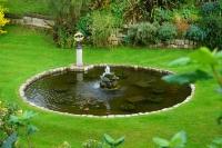 Windsor Castle moat fountain